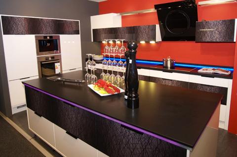 nero assoluto. Black Bedroom Furniture Sets. Home Design Ideas